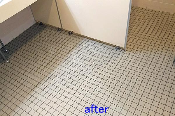 トイレ床清掃後 タイル洗浄後