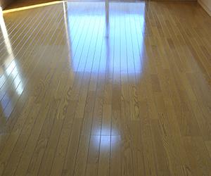 フローリング床清掃、ワックス掛け事例