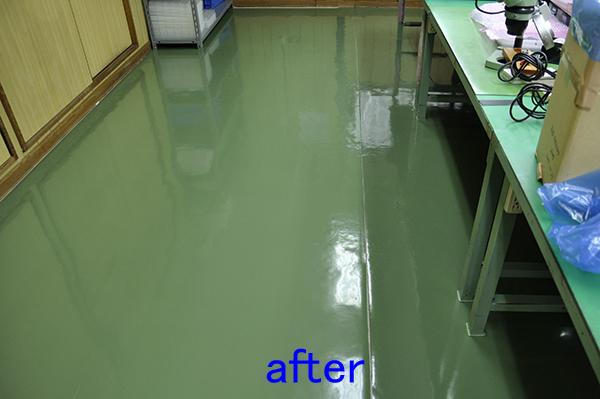 工場のフロアクリーニング、床清掃後